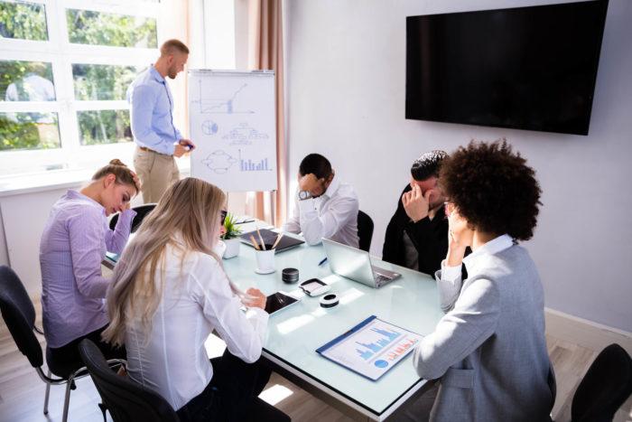 Administração do tempo: veja como acabar de vez com reuniões improdutivas